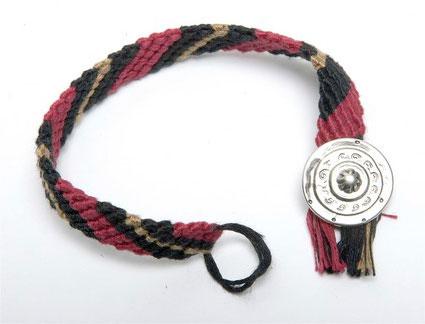cool friendship bracelets patterns. friendship bracelets.