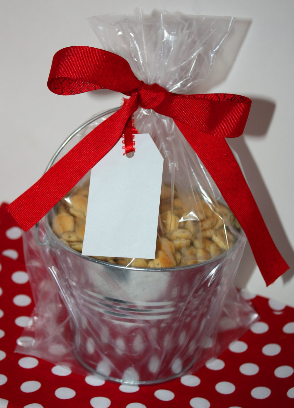 Christy: Homemade Gifts: Seasoned Oyster Crackers