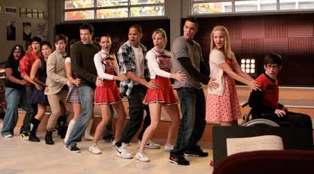 Glee S 13th Episode Is One Of A Kind In This Who Will See That More Fun And Extreme Excitement As Our Friends Share Their Problems Hy