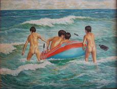 Niños con la barca de plástico