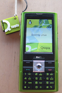 Trolltech discontinued Greenphone booting linux