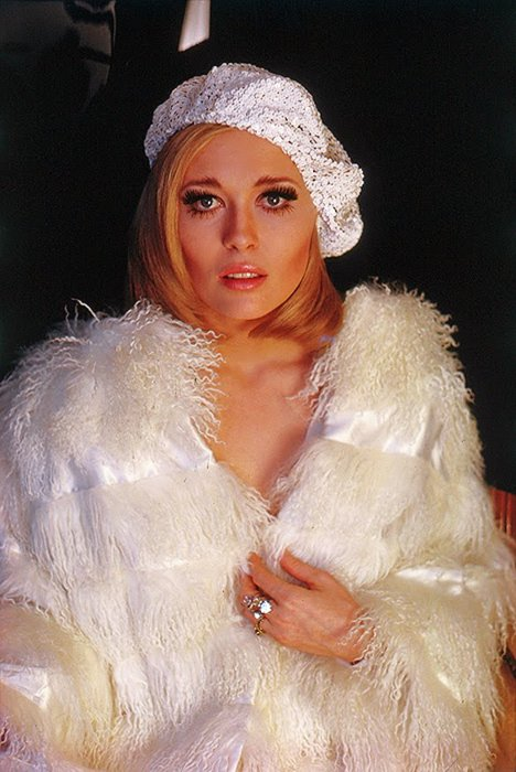 And tv caf 233 faye dunaway one of the hottest actresses of the 1970s