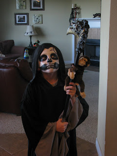 Grim Reaper Face Paint http://johansenfive.blogspot.com/2009/11/trunk-or-treat.html
