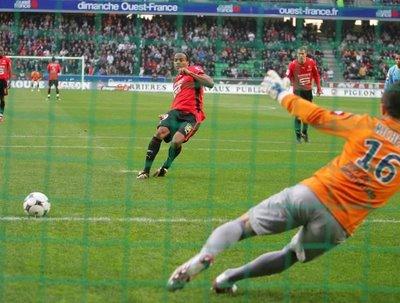 Le penalty f te ses 120 ans foot insolite - Penalty coupe du monde 2010 ...