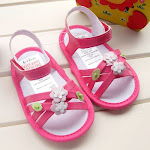 MoTHeRCaRe PRe-WaLKer SHoeS
