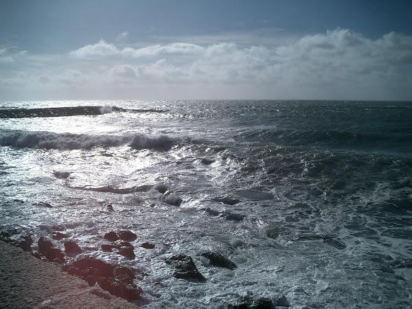 Ressaca no mar em Almeria