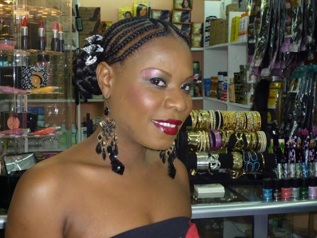 http://2.bp.blogspot.com/_qFS9tFWJiVI/TLhwdS5mwDI/AAAAAAAALmA/0Q-Ukvdxw4M/s1600/Jide+Cosmetics.jpg