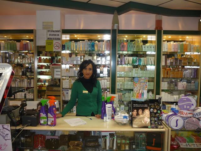 Perfumería Tiver-Tiendas Verdes. Navia. Punto de venta Eva Rogado
