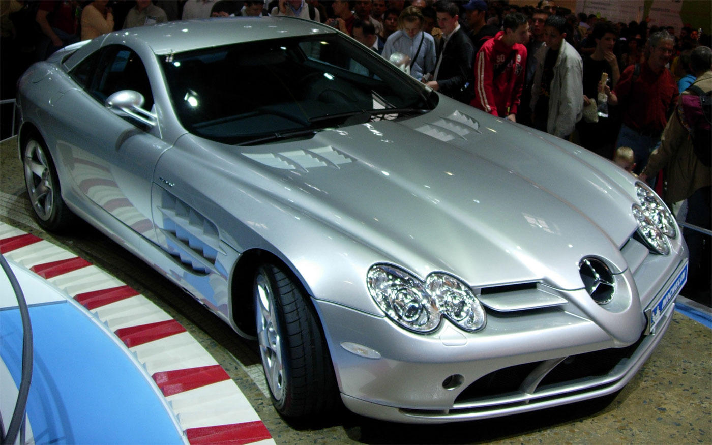 Tremendo Accidente De Un Mercedes Benz Slr Coches 2 0