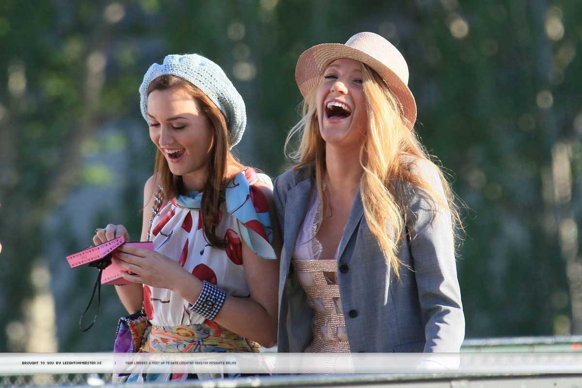 http://2.bp.blogspot.com/_qJ5t4s3kPXM/TOknwa0KEuI/AAAAAAAAADo/e4HKAxx6v08/s1600/Gossip-Girl-Season-4-fans-of-gossip-girl-14371919-1200-800.jpg