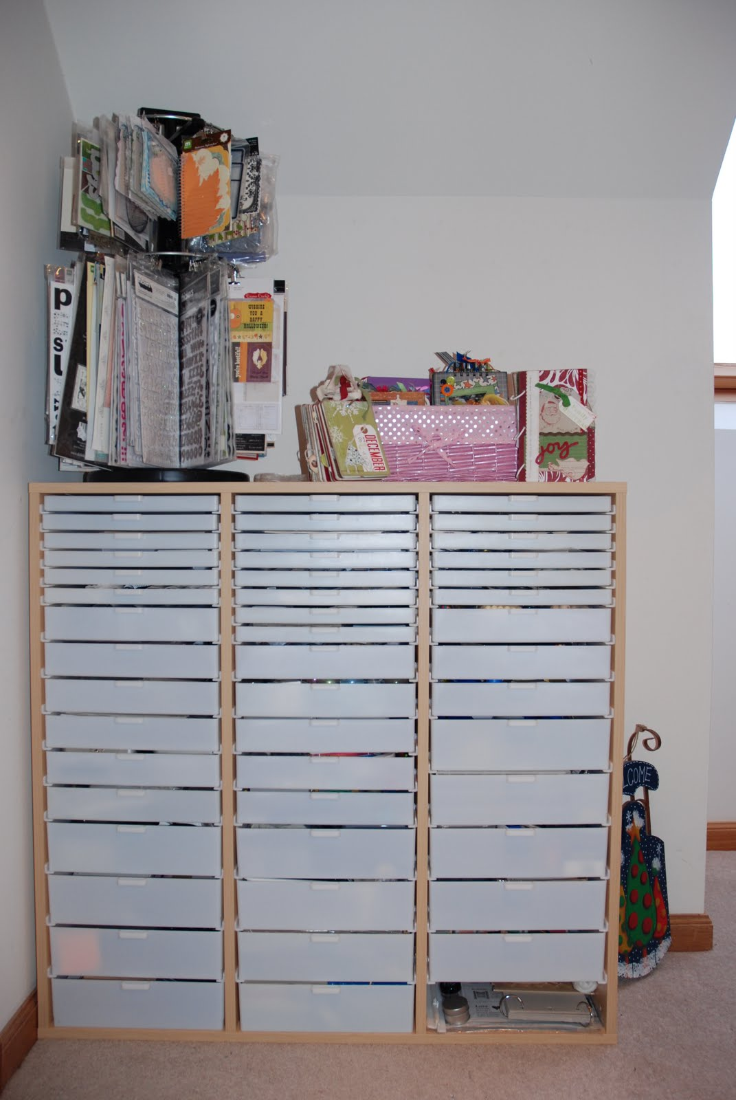 [My+Craft+Room+1.jpg]