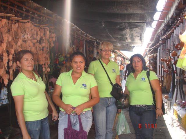 Visitando Pasillo Artesanal La Tinaja