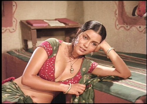 [Image: Hot-Zeenat-Aman-003.jpg]