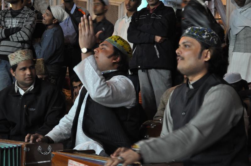 Photos: Nizamuddin Qawwali