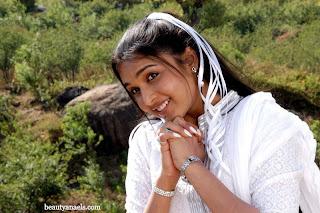 New Actress 'Anjali' Hot Stills in White Dress http://rkwebdirectory.com