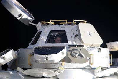 5197444166 b60e71306c b Foto Foto Stasiun Luar Angkasa NASA Terbaru 2011