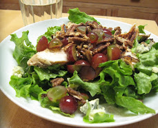 Balsamic Marinated Chicken, Gorgonzola, Grape and Sweet Pecan Salad