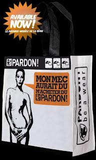 Голая Карла Бруни на сумке для шопинга