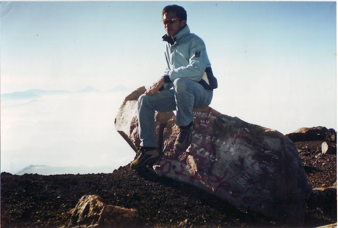 Puncak Gn. Slamet Central Java 2001