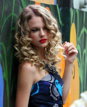 Taylor Swift Lyrics  on Taylor Swift     Mean Lyrics