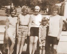 Bettie's Girls * 1965 at Aunt Phoebe's