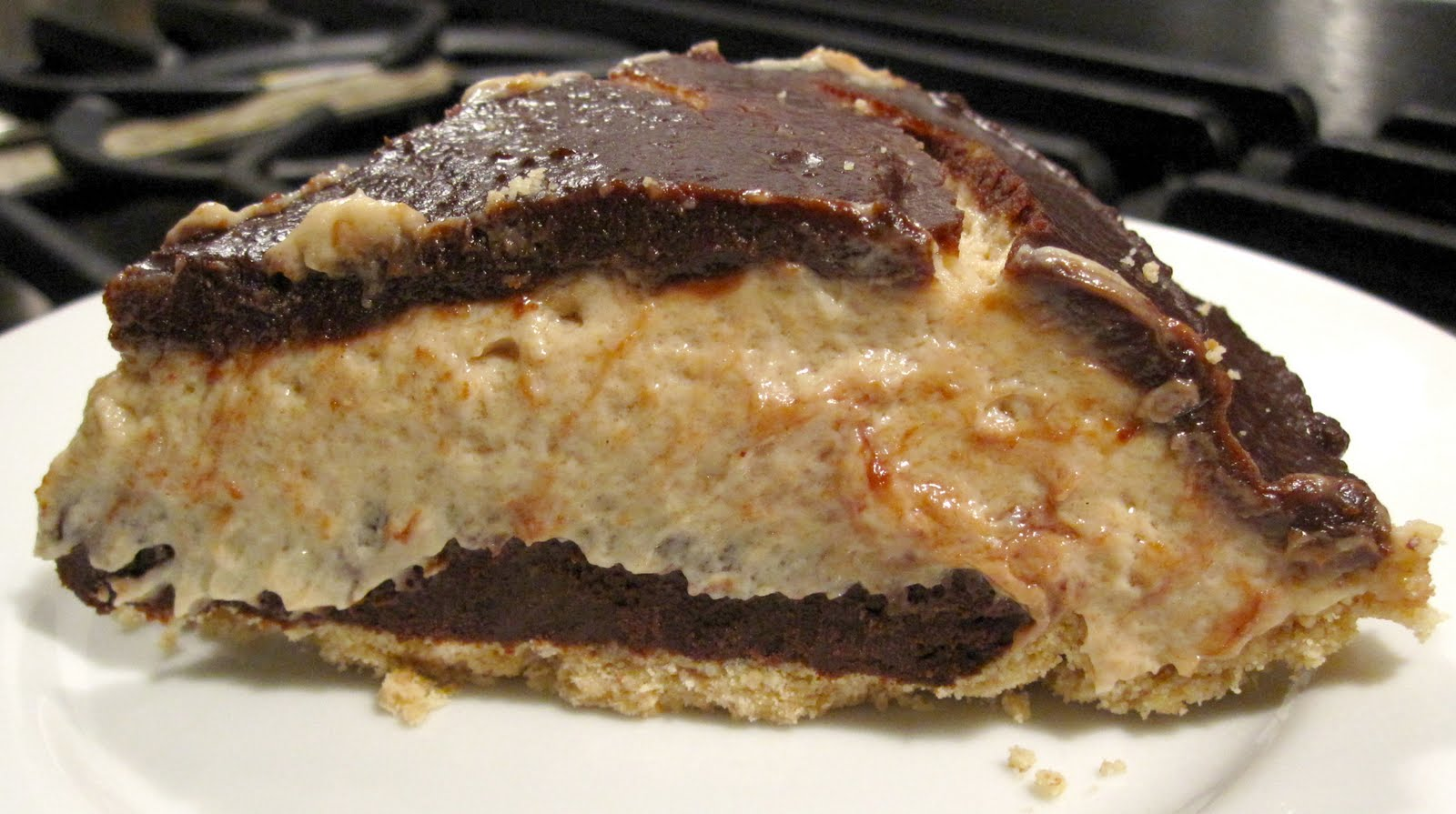 Vegan Lovebird: Peanut Butter Pie ... Don't Go Crazy!