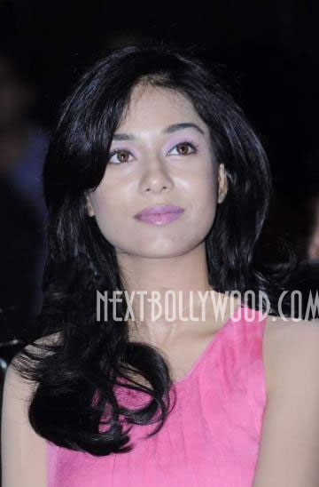  - Amrita Rao At Rizvi College Fest