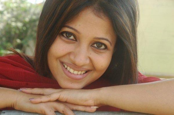 Bangladeshi Cute Actress Nafiza Karim gallery pictures