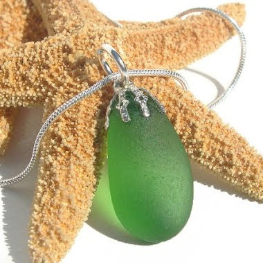 colar de vidro artesanal verde mar