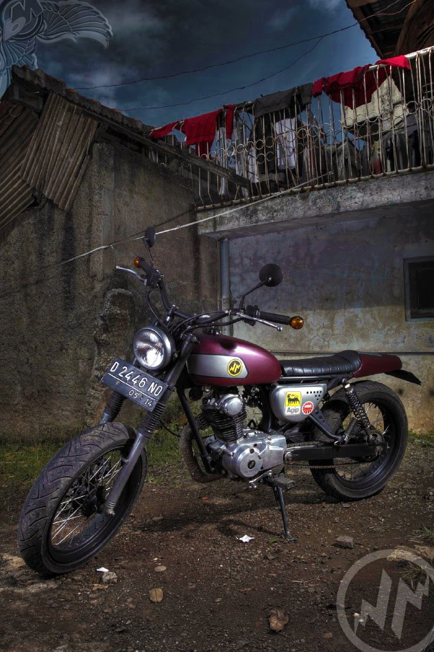 hajarbroxx 1976 cb100 left | photo by pambudi yoga perdana