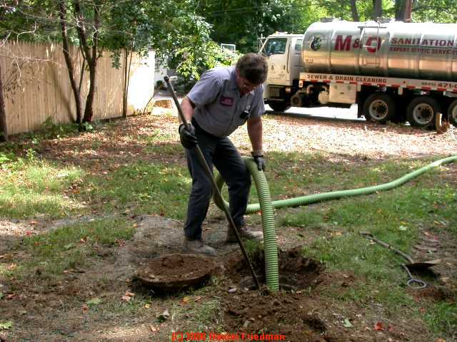 how to know when a septic tank is full