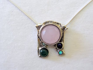 Photo of a pendant by Perry