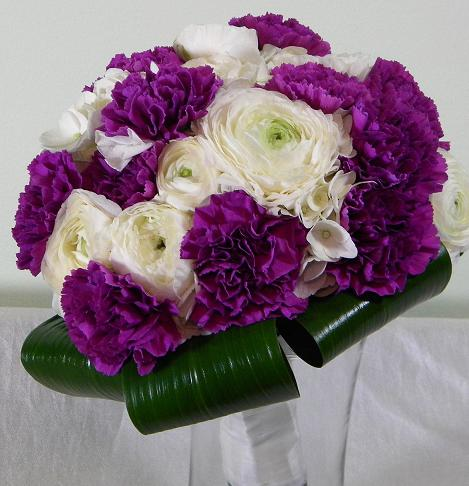And purple makes a dramatic contrast when combined with white flowers