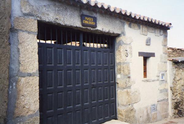 Puerta del museo