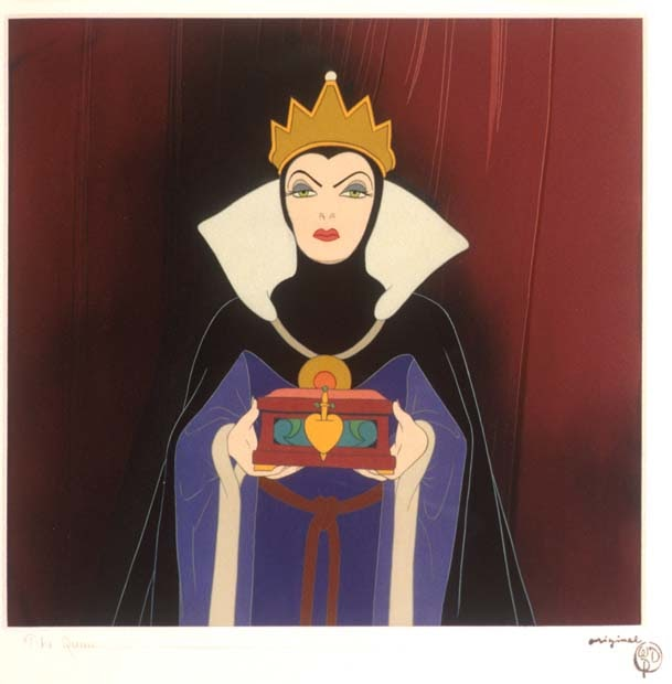 queen and snow white essay In the story, snow white, the evil queen uses a mirror where as in the movie, sydney white, the evil president uses a computer website this creates a big difference because it is not believable for someone to get answers from a mirror.
