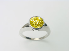 Canary in white gold by Sherry Jewellery