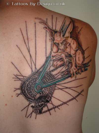 Labels: gargoyle tattoo