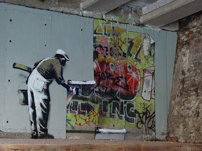 banksy graffitije