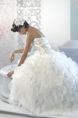 Elegant Custom Wedding Dresses