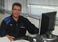 Profesor Luis León Muñoz