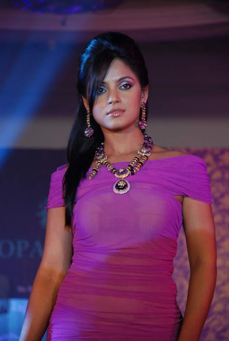 neethu chandra xclusive actress pics