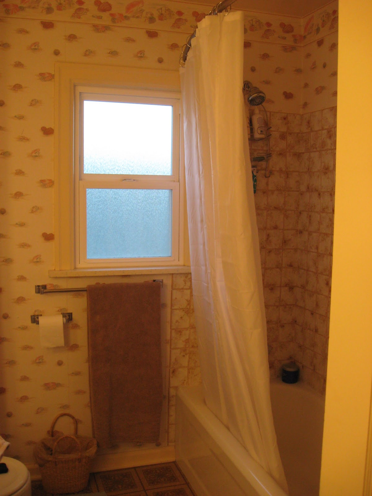 Wallpaper removal tips our sound home for Home wallpaper removal tips