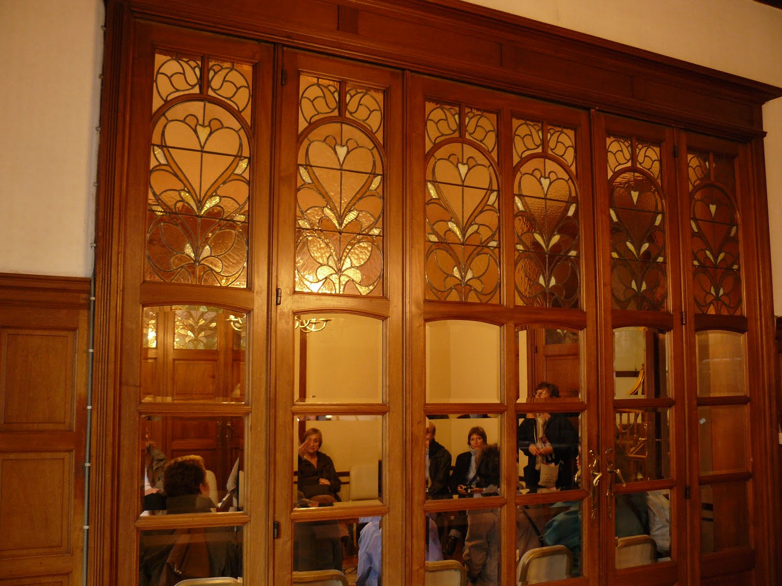 Die Wichtigsten Merkmale Vom Jugendstil Art Nouveau Mobel Und Deko ...