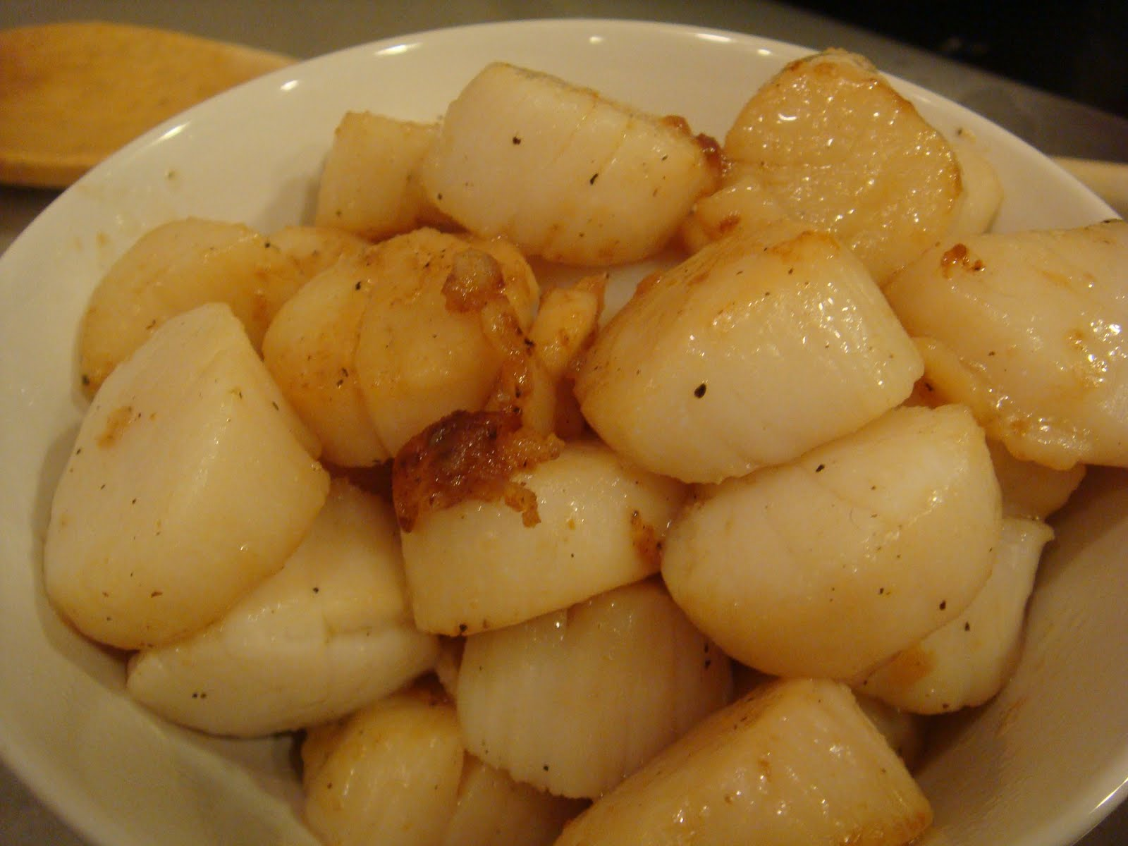 Gourmet Gibbs: Scallops, Garden Peppers and Pasta
