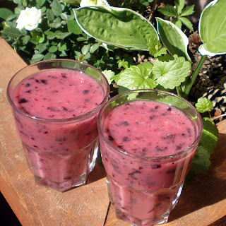 blackcurrant banana smoothie