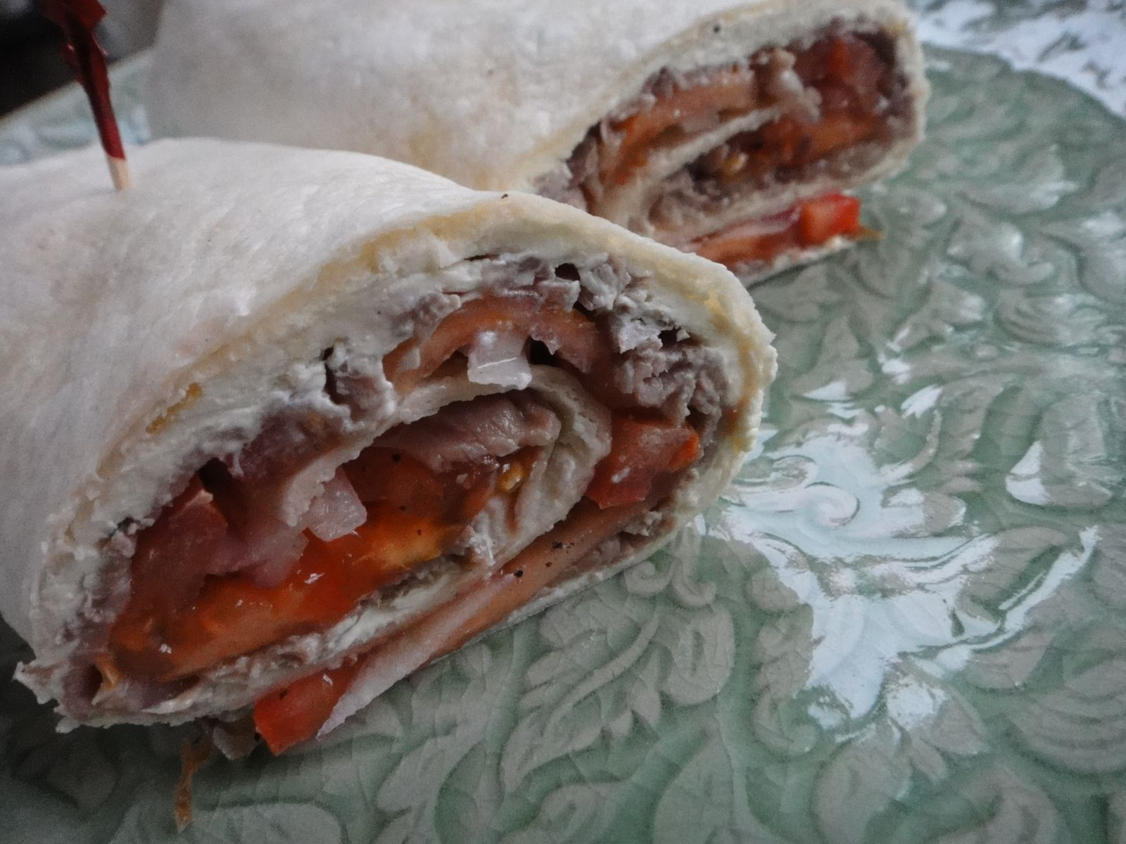 ... Cake: Easy New Year's Eve Appetiser: Roast Beef Tortilla Roll-Ups