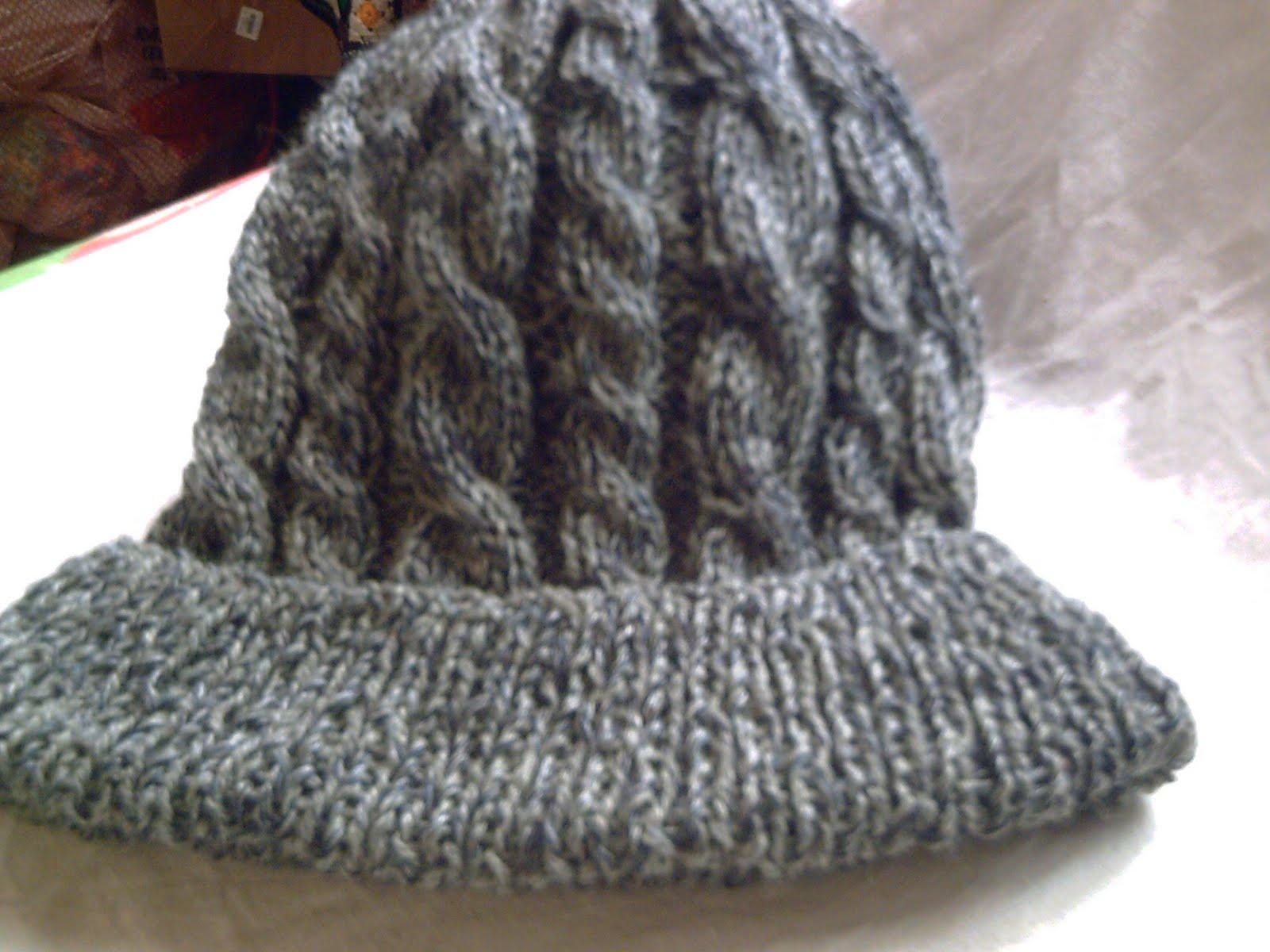 ... sea que no tienen costura una maravilla el gris es lana de 4 hebras