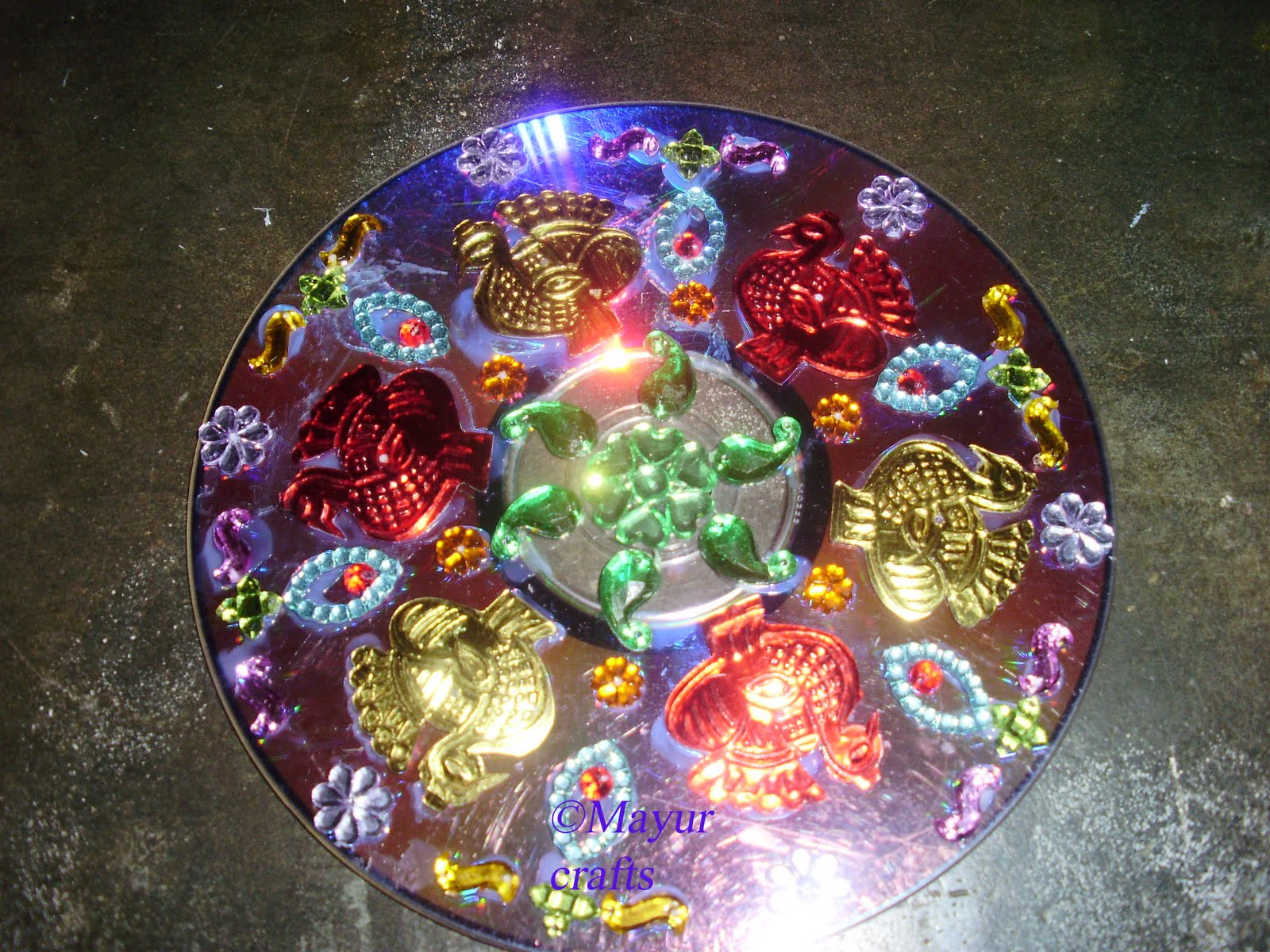 Mayur arts crafts cd decoration for Art and craft for decoration
