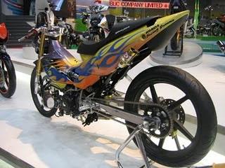 Modifikasi Motor Honda Supra X Airbrush Race Kontes