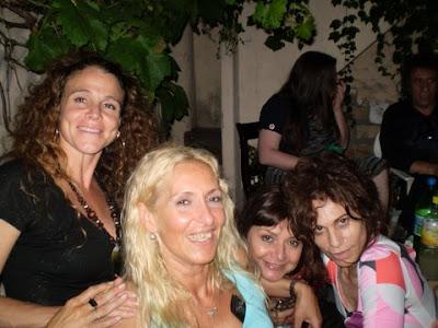 http://2.bp.blogspot.com/_qjJK3ulubR8/SY5Vmyz68jI/AAAAAAAABBo/Nqqb7_xJEMY/s400/Claudine+Mabel+Elena+Edda.JPG